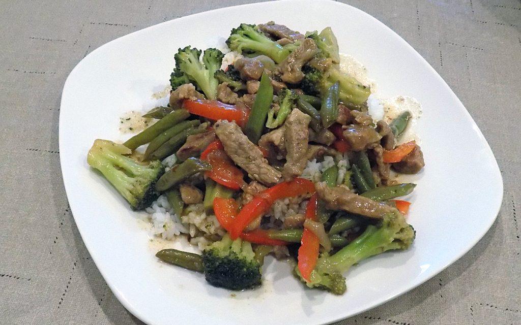 teriyaki pork, broccoli and green beans - thecookingpinay